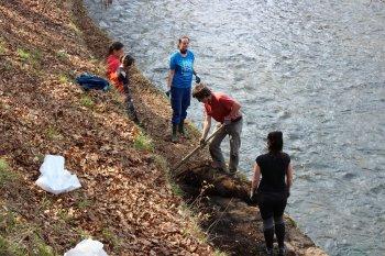 Ukliďme Jeseník - náplavka, Bělá a soutěska u Tindalova pramene
